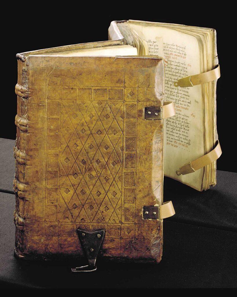 Encuadernación y márgenes en los libros