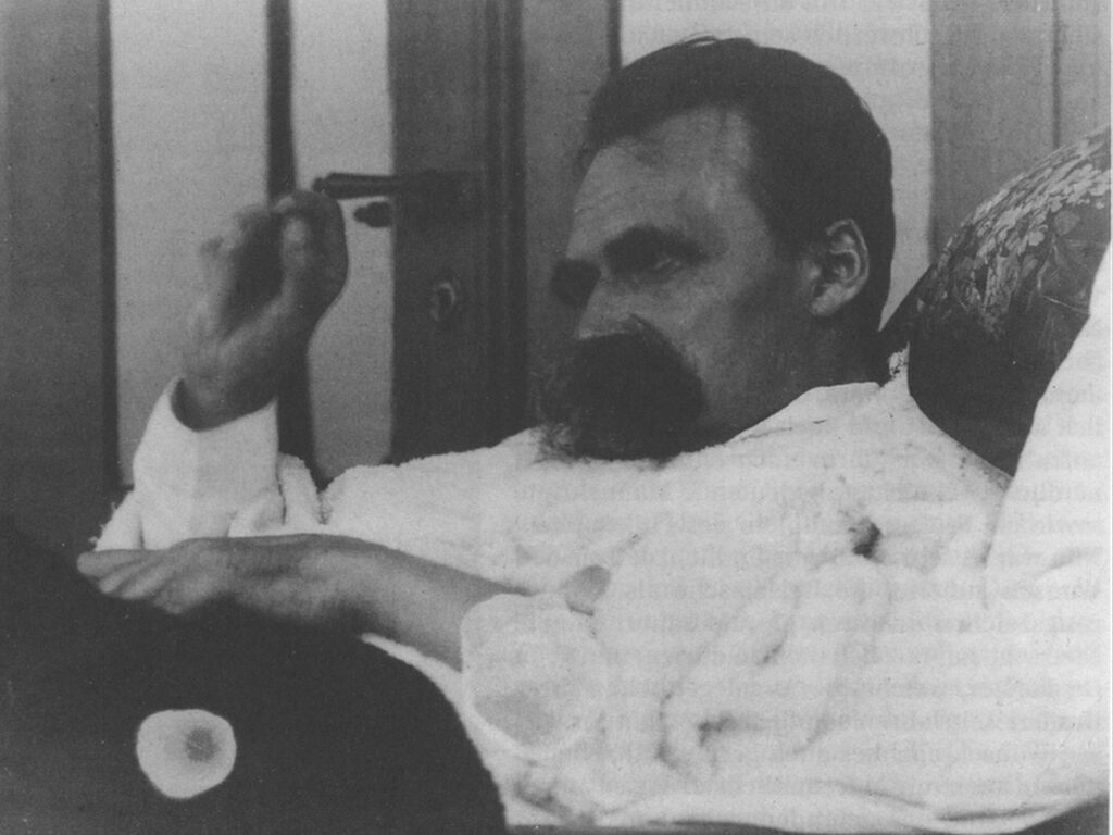 La «noche», la «mañana», el «mediodía» y el «atardecer», (periodos  del pensamiento en la obra de Nietzsche)